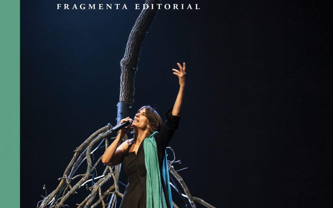 """Fragmenta publica una edició especial d""""Iniciació als Veda' amb el CD de l'espectacle «Panikkar, poeta i fangador», de Lídia Pujol"""